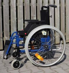 014-Mechanický invalidní vozík.