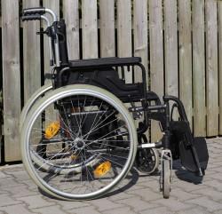 016-Mechanický invalidní vozík Otto Bock.