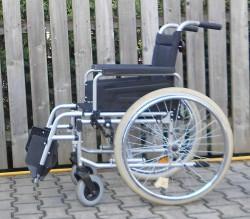 038-Mechanický invalidní vozík Dietz.
